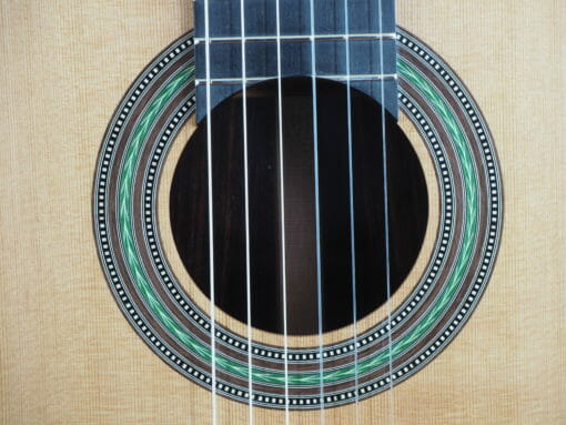 Stanislaw Partyka Guitare classique luthier lattice
