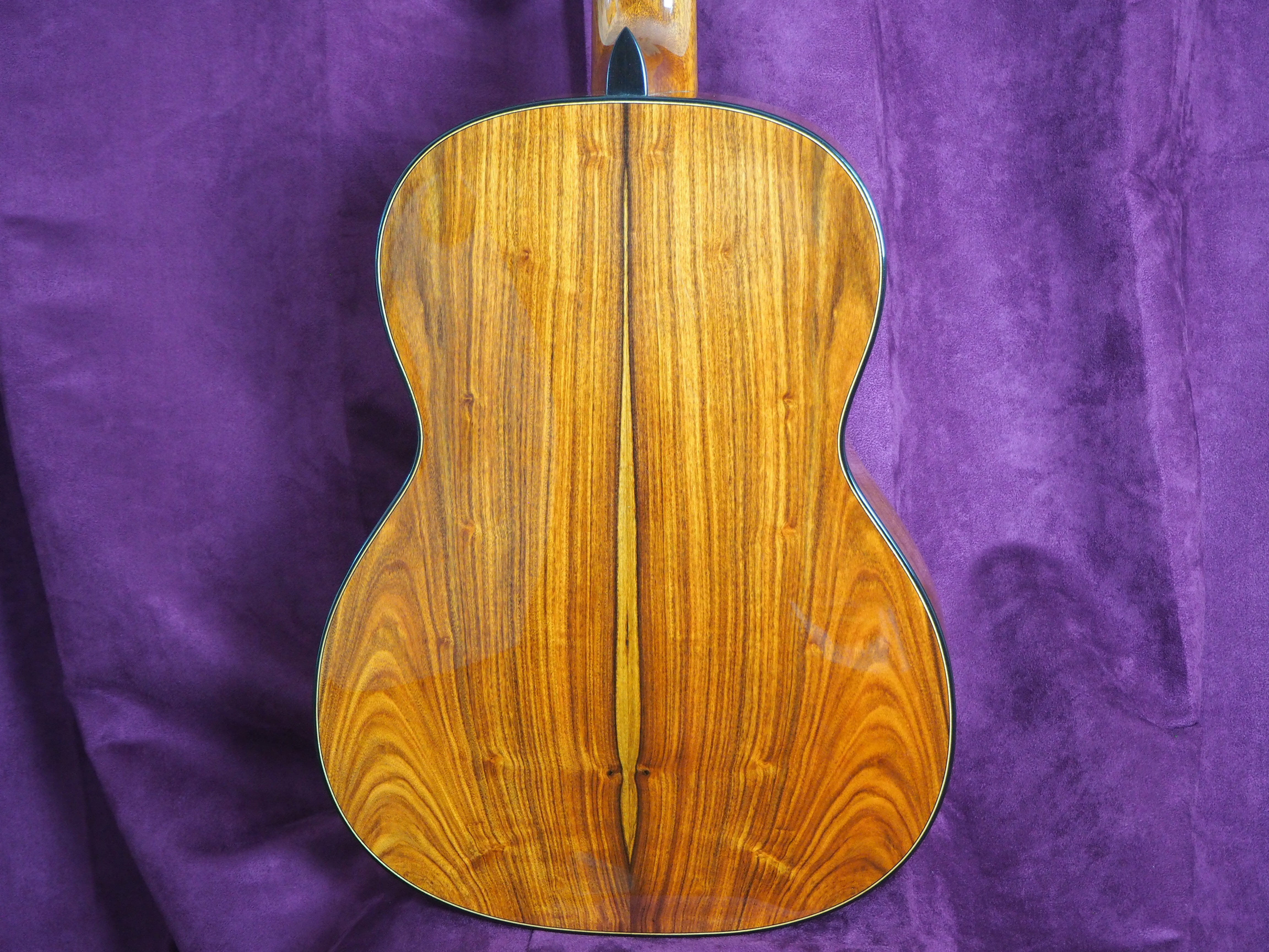 Guitare classique luthier Robin Moyes