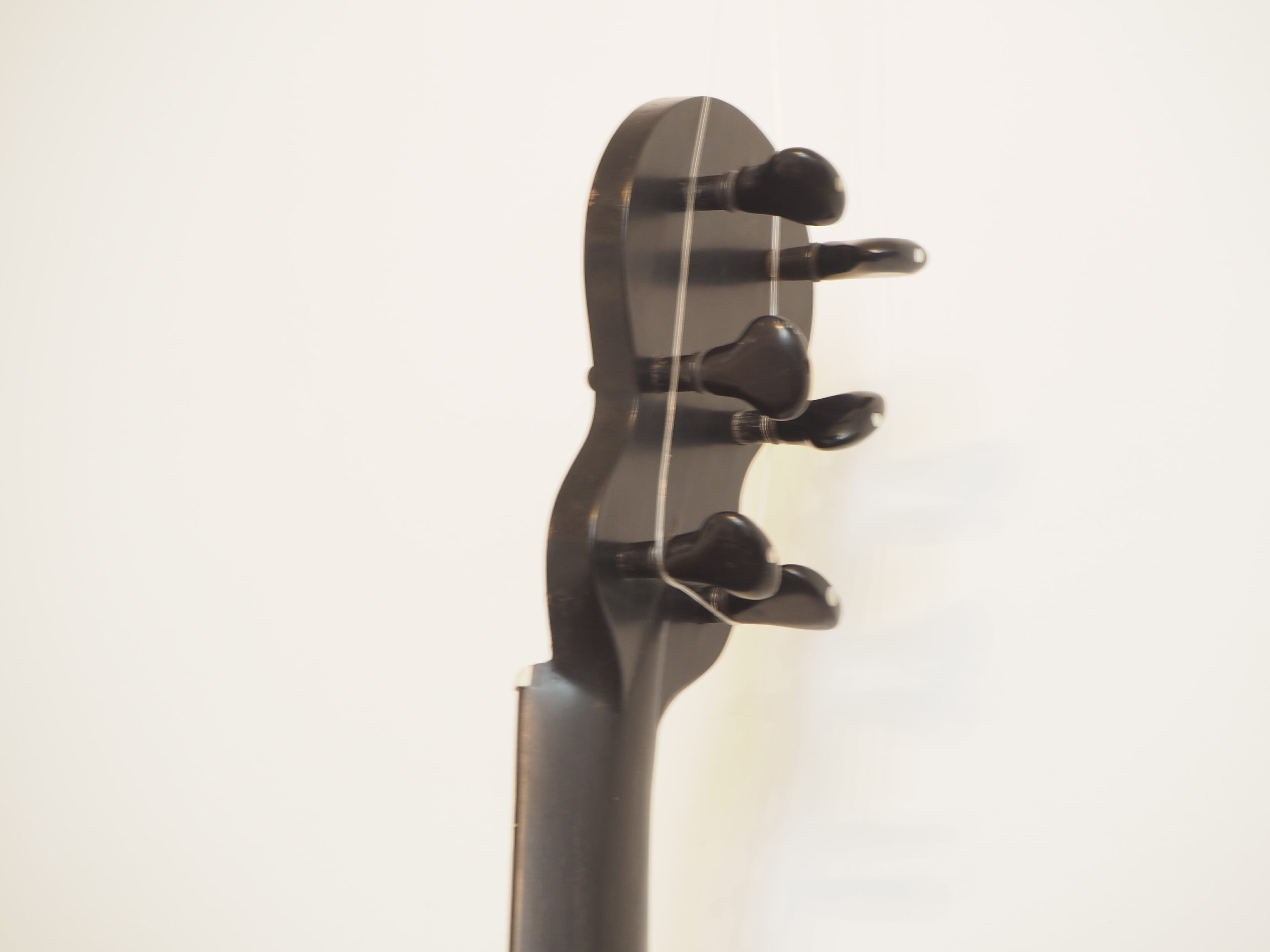 Pierre Marcard guitare romantique luthier