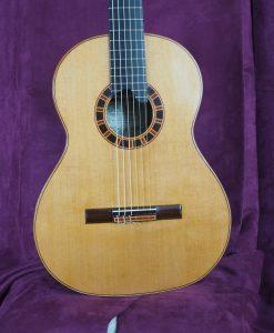 Viktor Fogas guitare classique luthier lattice