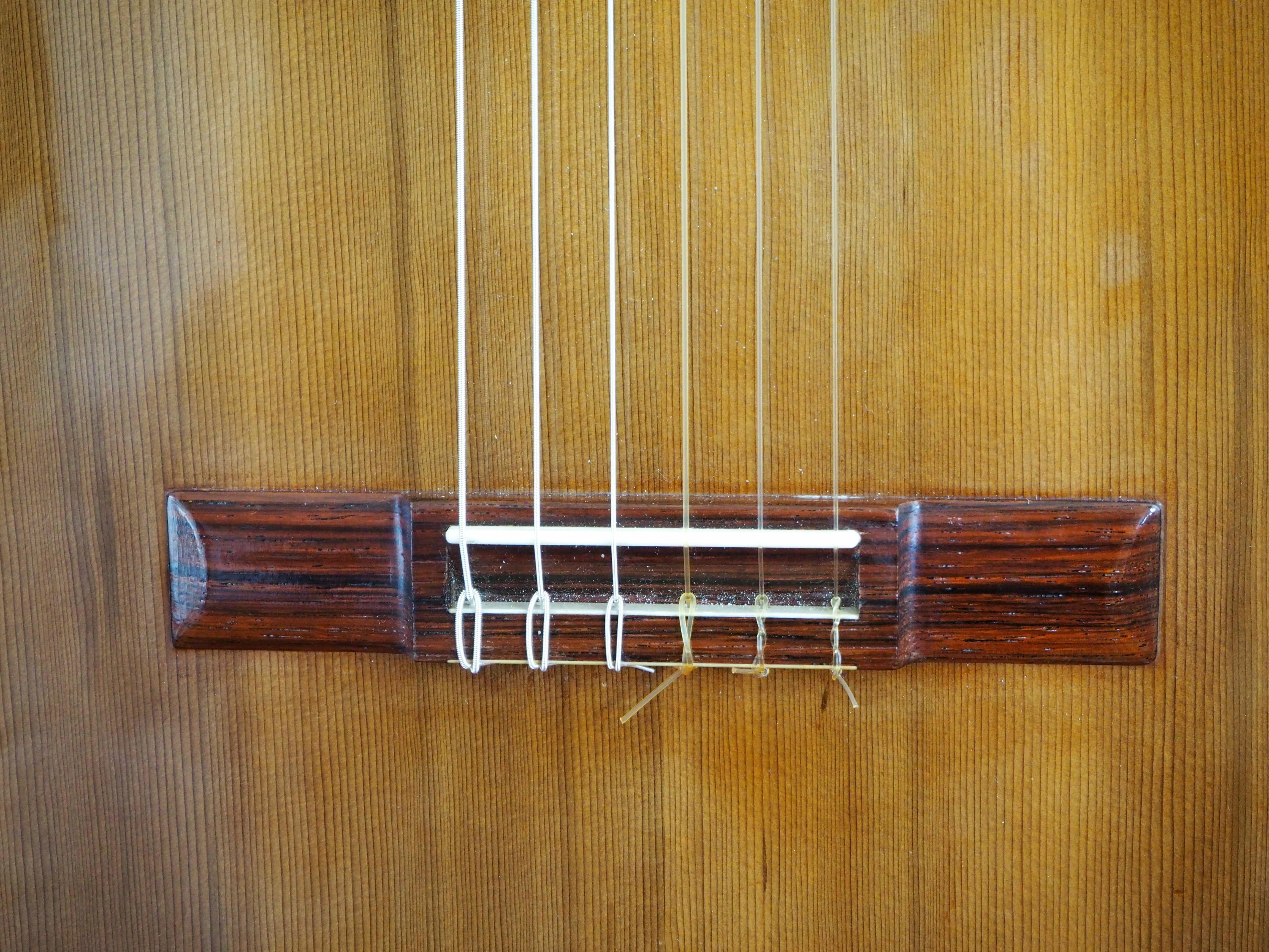 Guitare classique luthier ian Kneipp barrage lattice