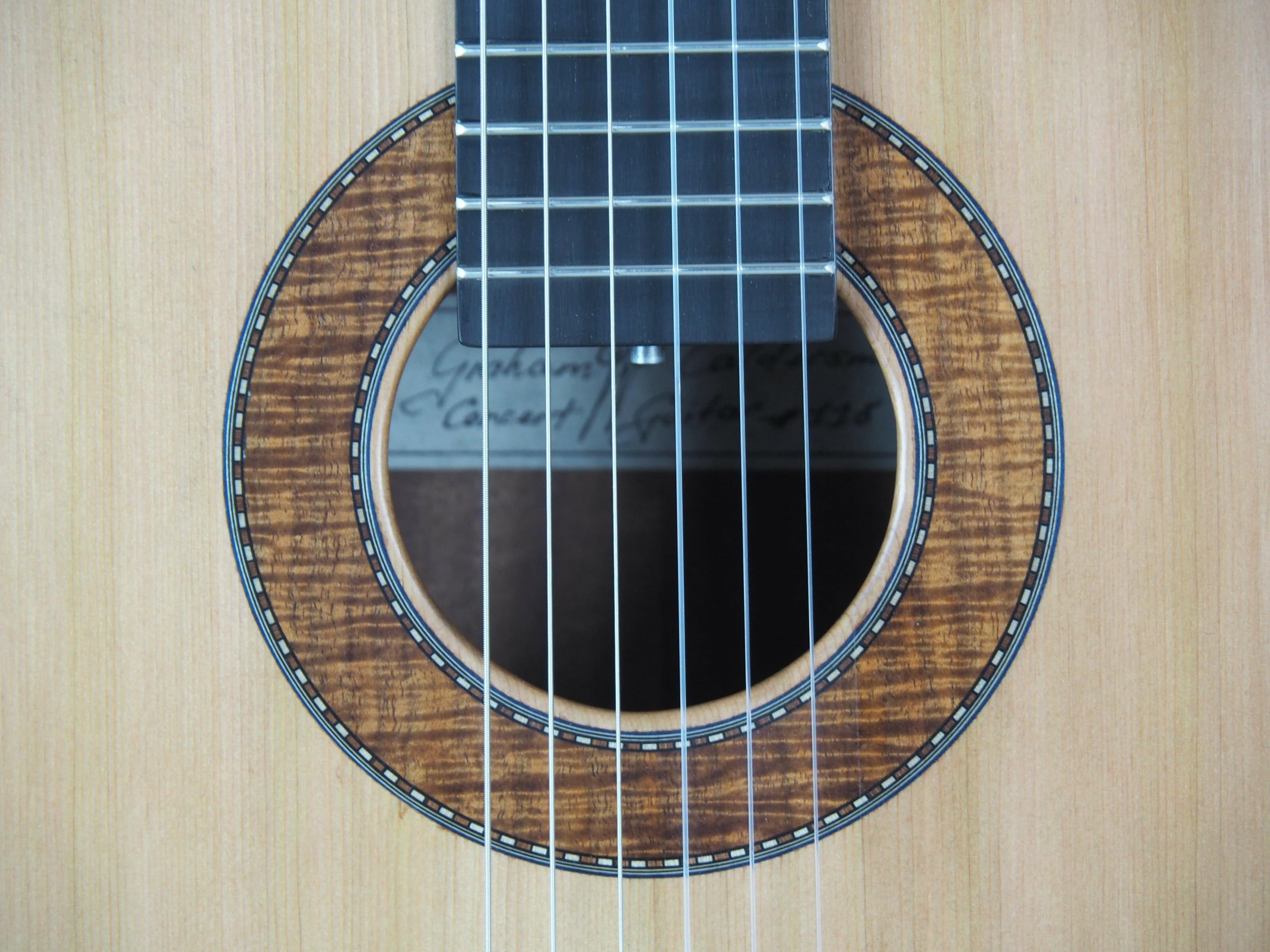 Graham Caldersmith luthier guitare classique No 19CAL113-06