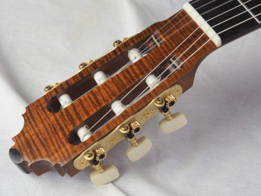 Graham Caldersmith luthier guitare classique 19CAL105-01