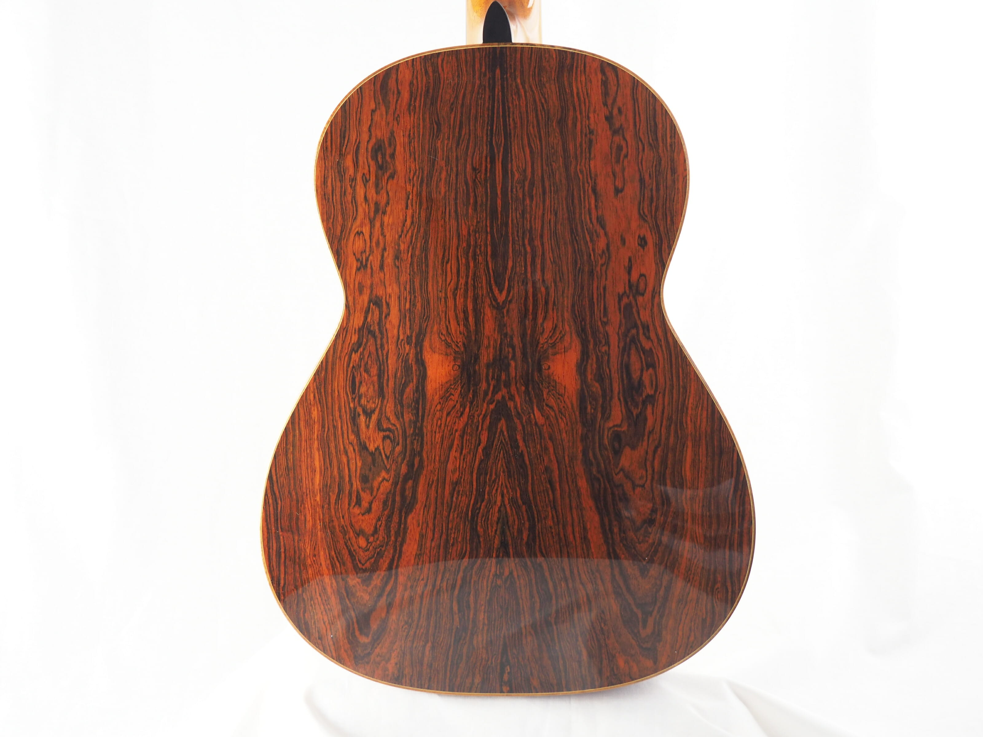 John Price luthier guitare classique No 19PRI348-04