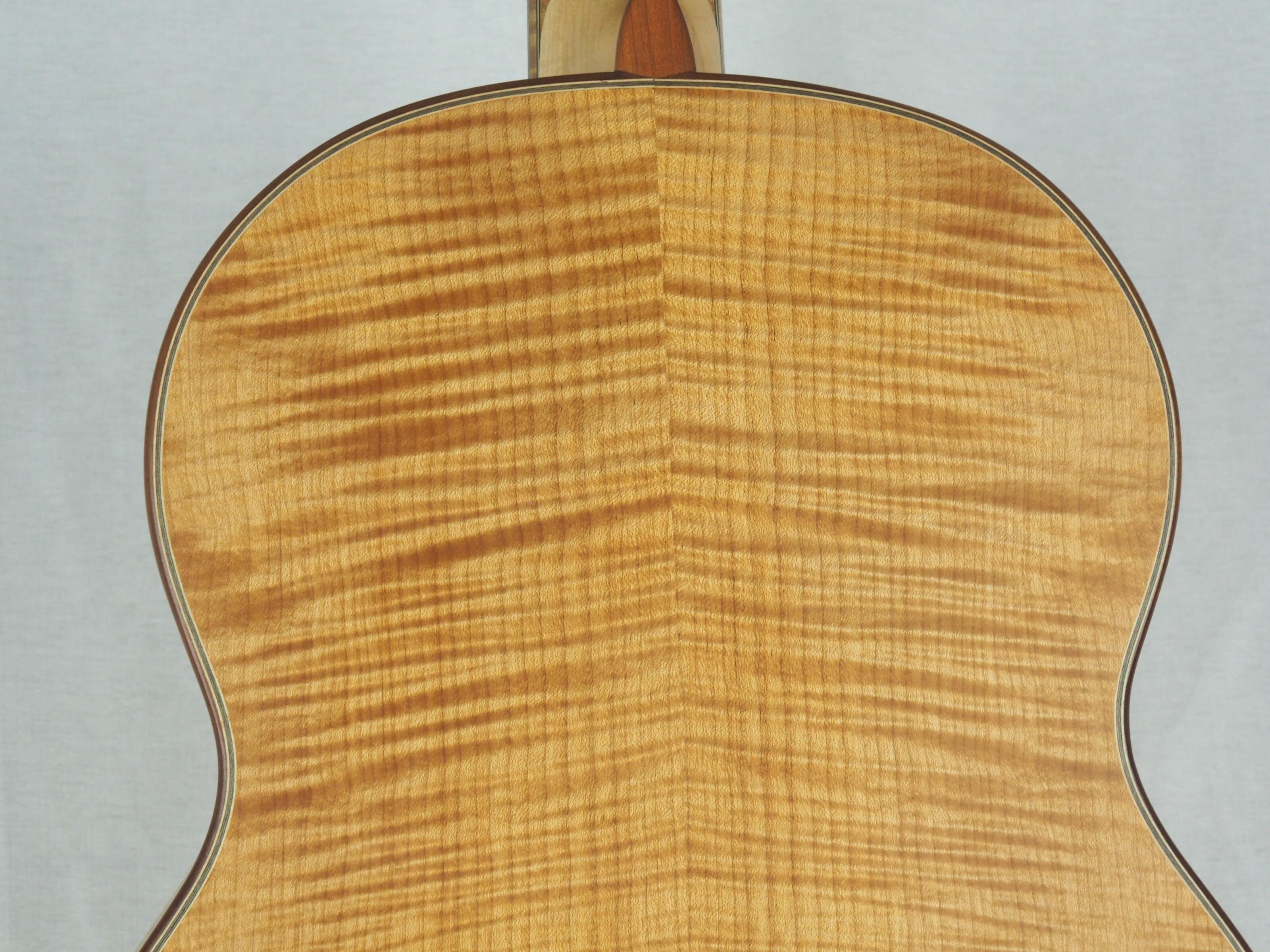 Dieter Hopf Luthier guitare classique Auditorium No 19HP070-02