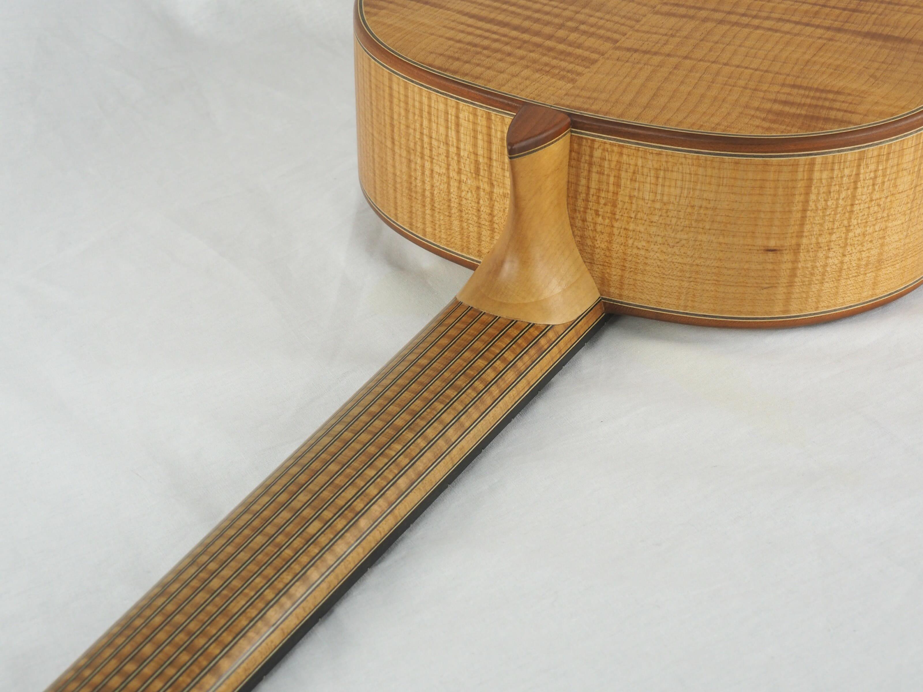 Dieter Hopf Luthier guitare classique Auditorium No 19HP070-11