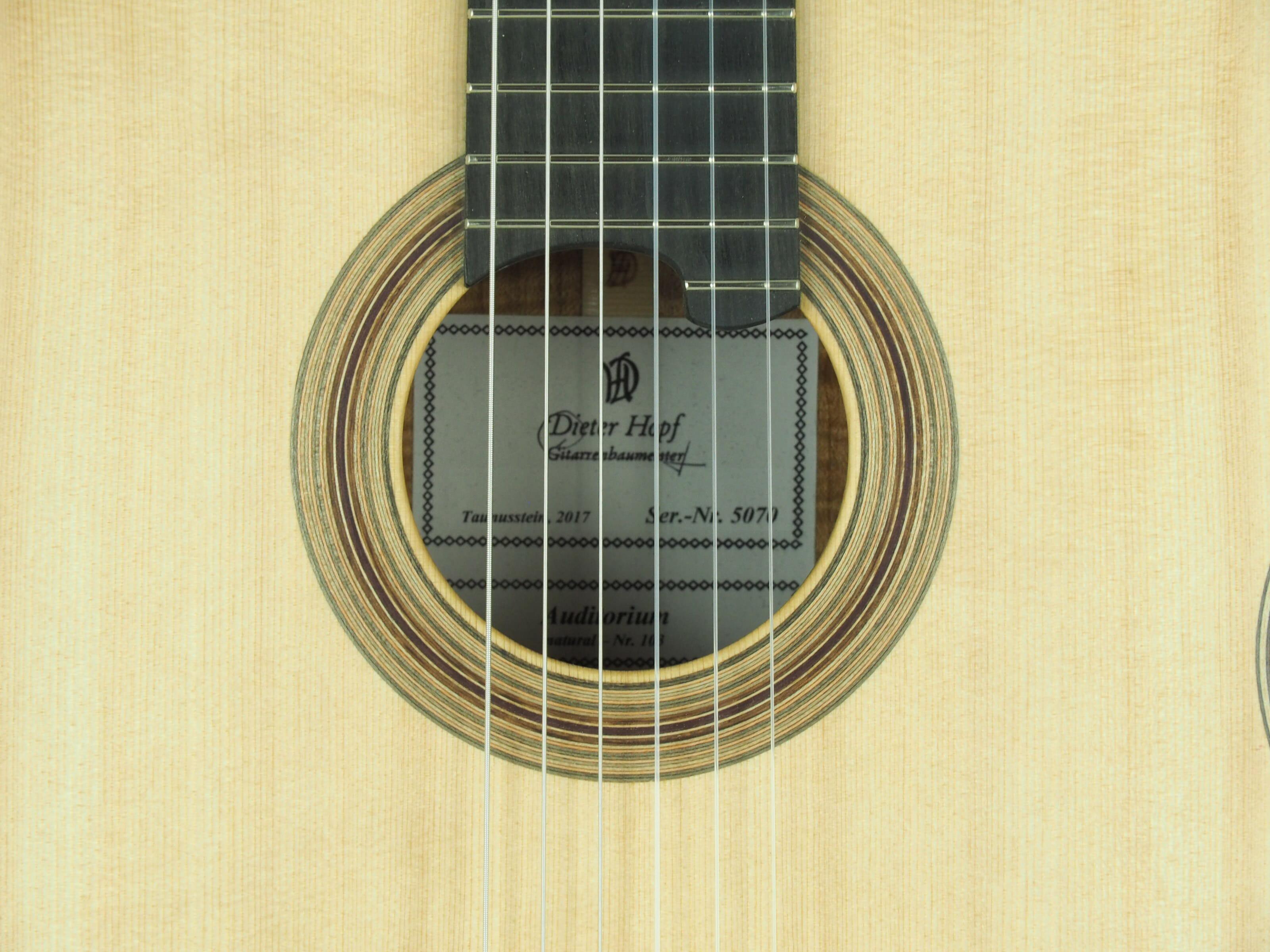 Dieter Hopf Luthier guitare classique Auditorium No 19HP070-07
