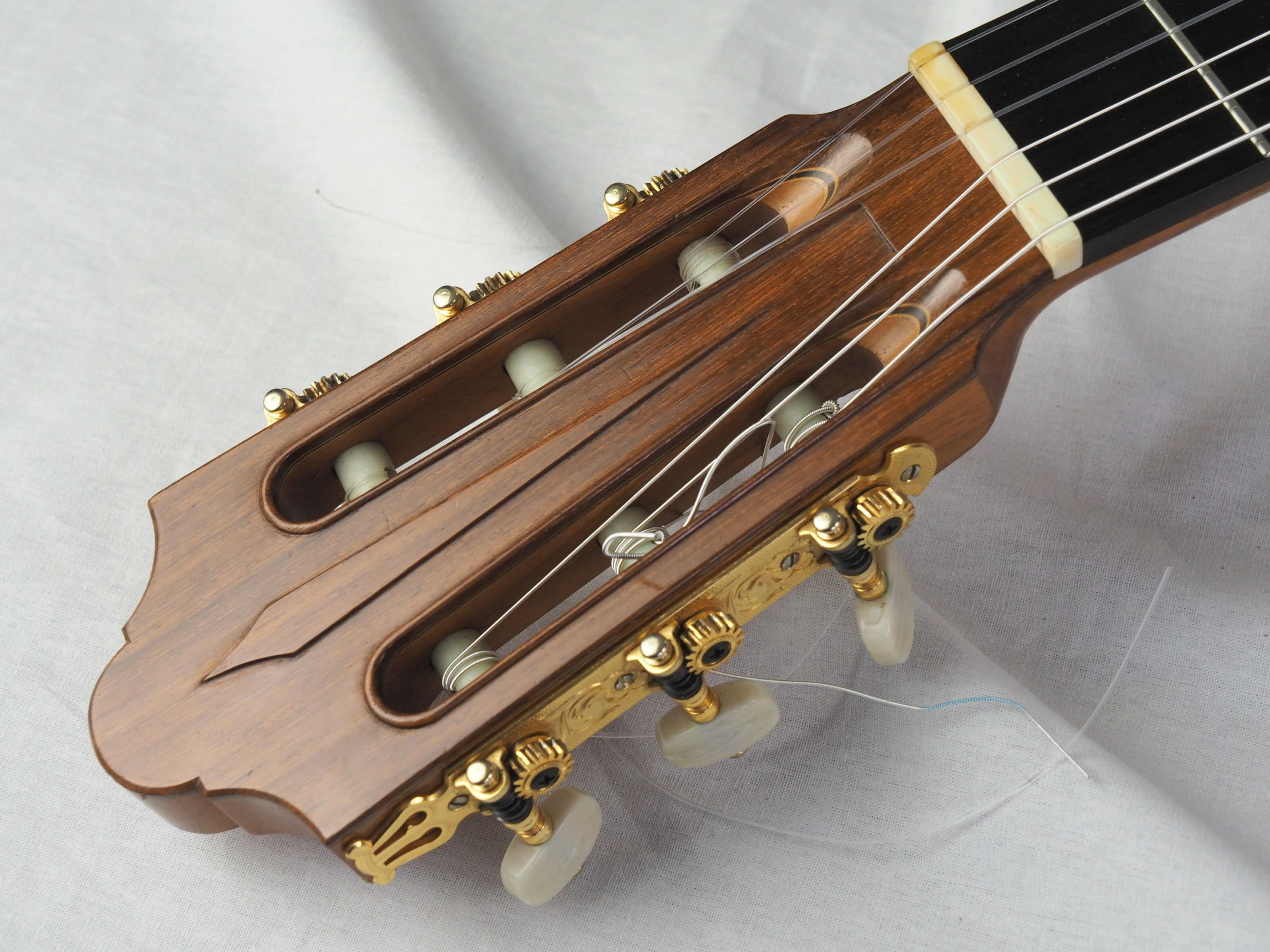 Daniel Friederich luthier guitare classique 19FRI653-08