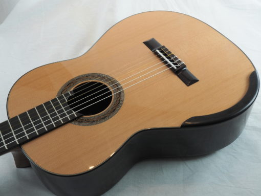 Kim Lissarrague luthier www.guitare-classique-concert.fr No 335 19LIS335-03