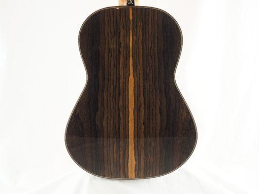Charalampos Koumridis luthier www.guitare-classique-concert.fr No 138 19KOU138-01