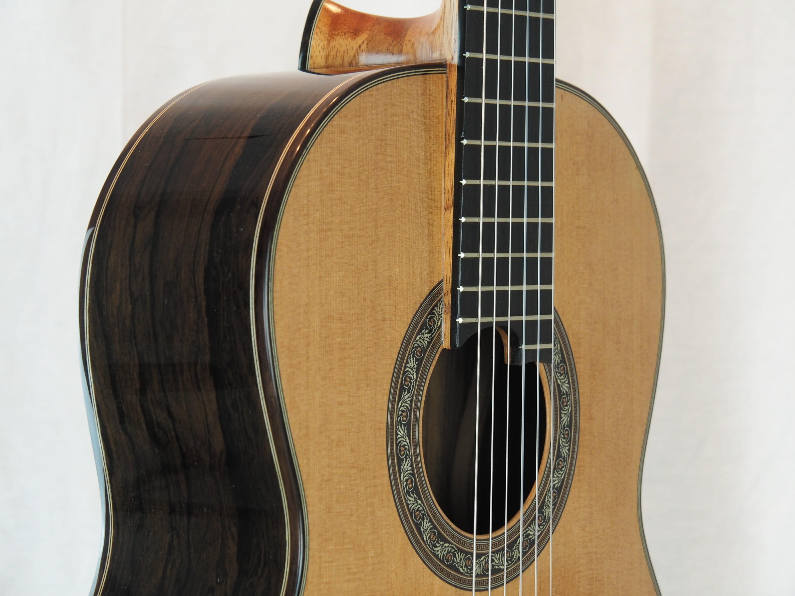 Charalampos Koumridis luthier www.guitare-classique-concert.fr No 138 19KOU138-04
