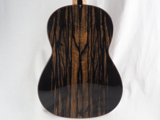 Michael O'Leary luthier guitare classique 19OLE237-05