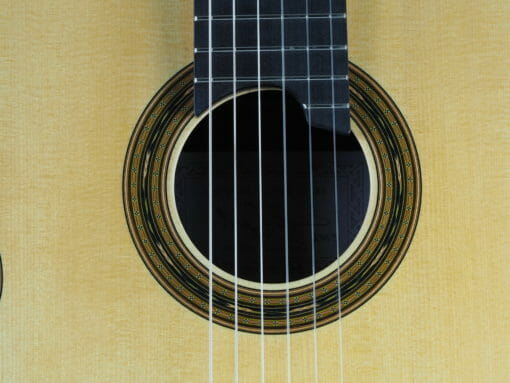 Gregory Byers guitare classique luthier lattice épicéa