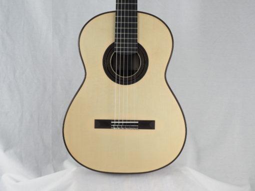 luthier Dennis Tolz double-table Guitare classique www.guitare-classique-concert.fr 19TOL019-04