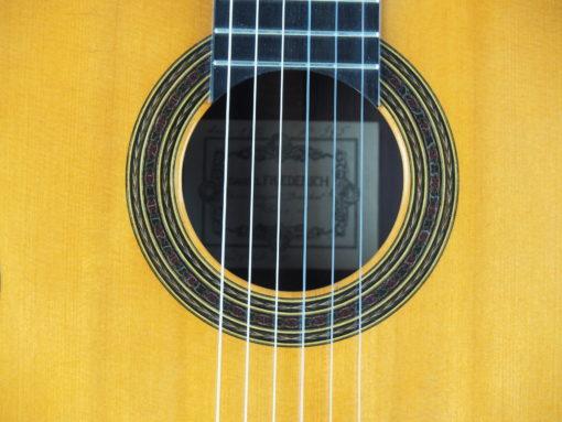 Daniel Friederich luthier guitare classique No 19FRI354-08