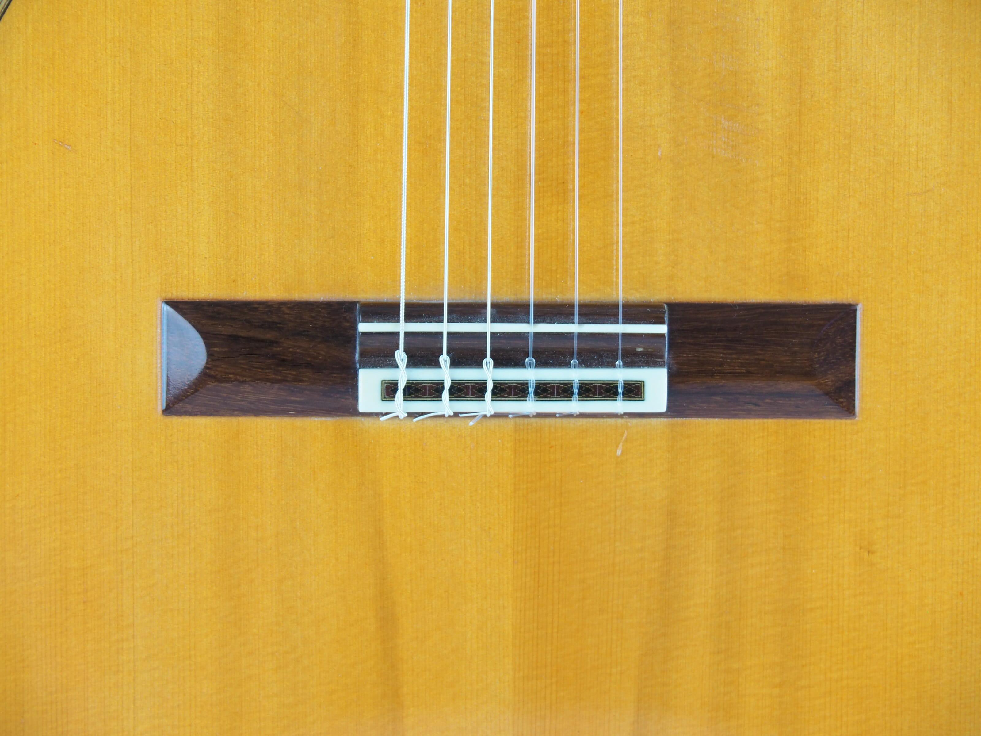 Daniel Friederich luthier guitare classique No 19FRI354-06