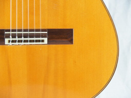 Daniel Friederich luthier guitare classique No 19FRI354-05