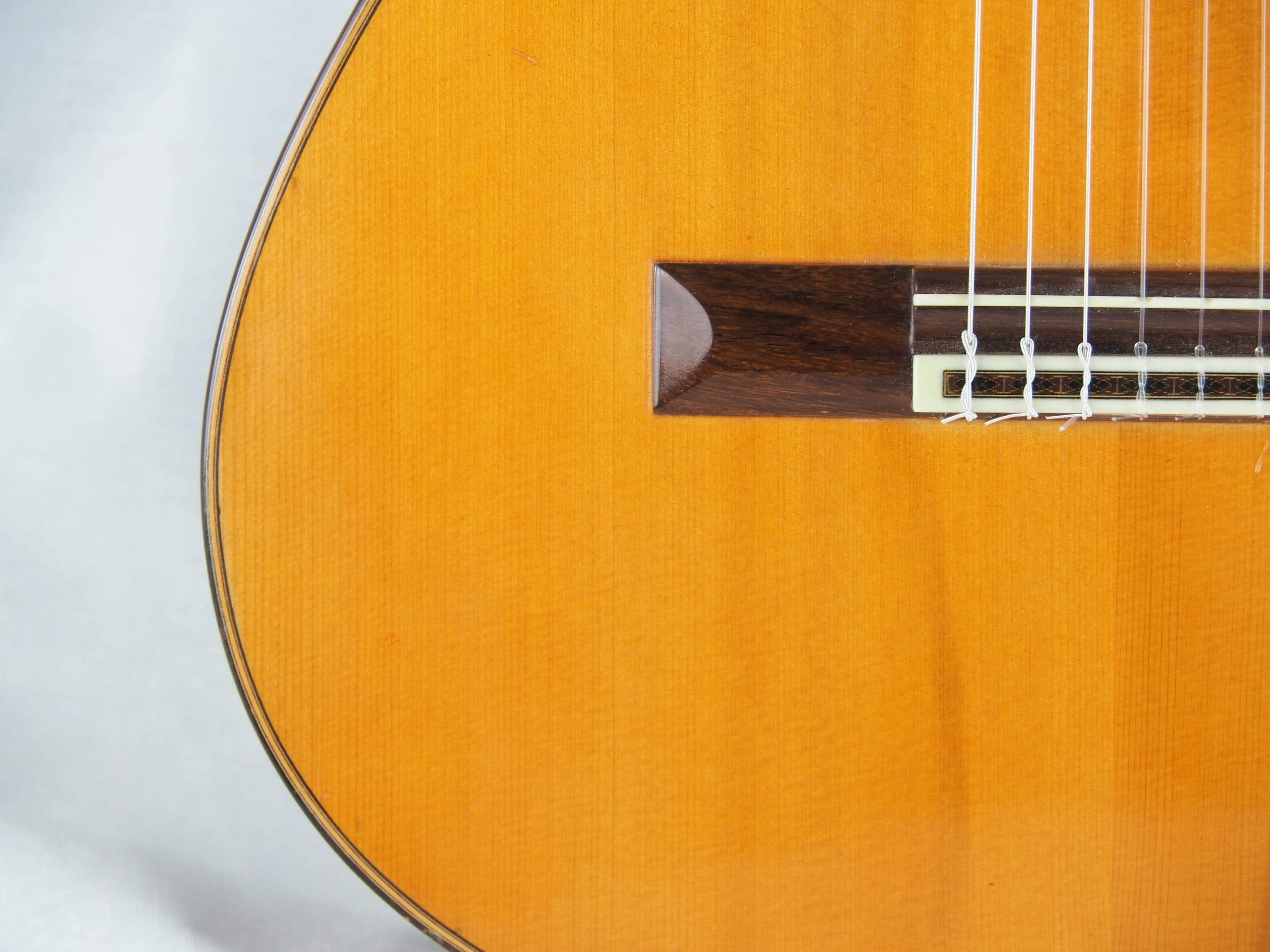 Daniel Friederich luthier guitare classique No 19FRI354-03