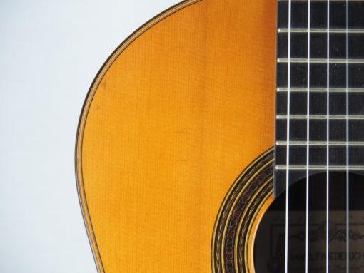 Daniel Friederich luthier guitare classique No 19FRI354-02