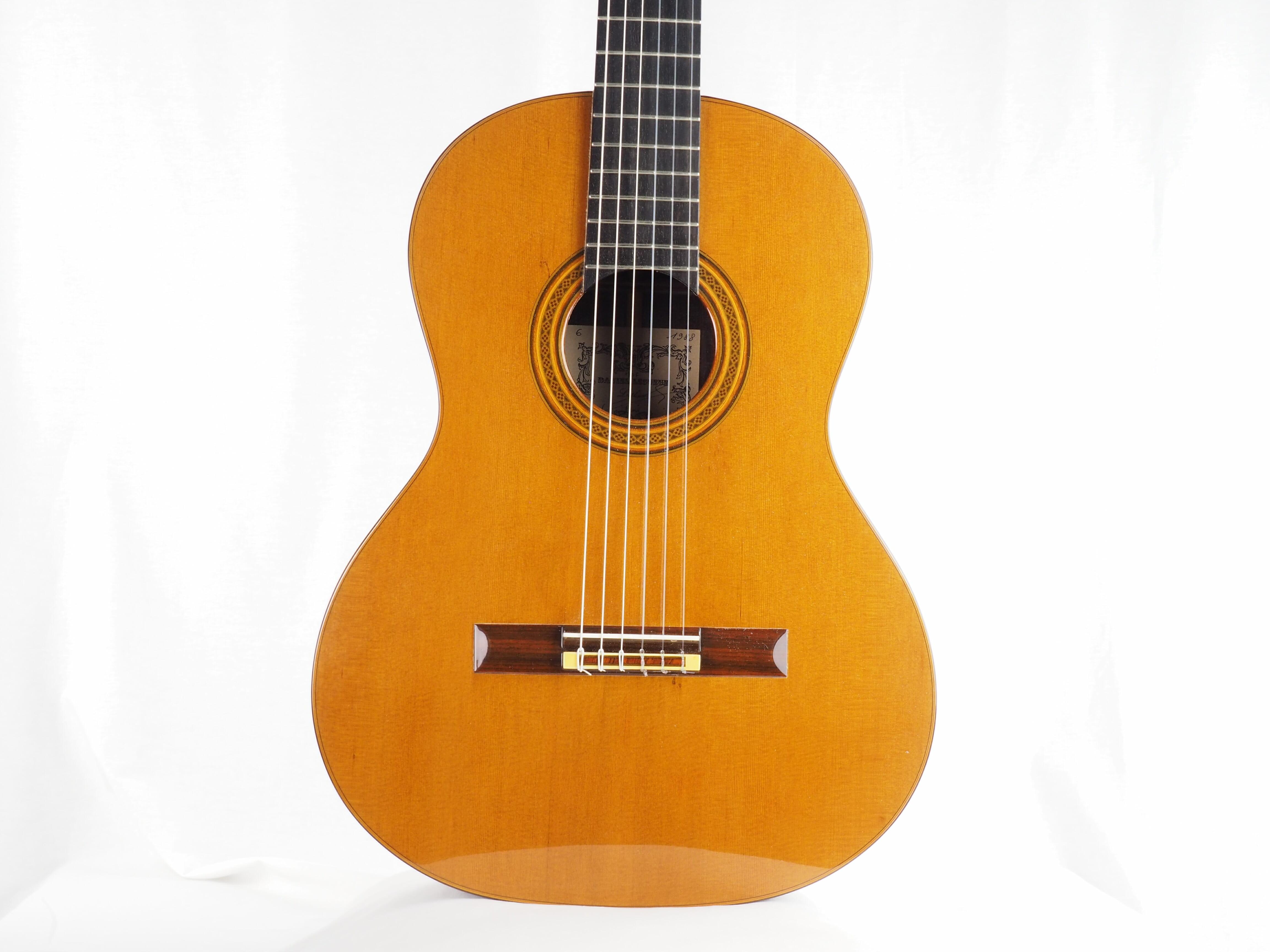 Daniel Lesueur luthier