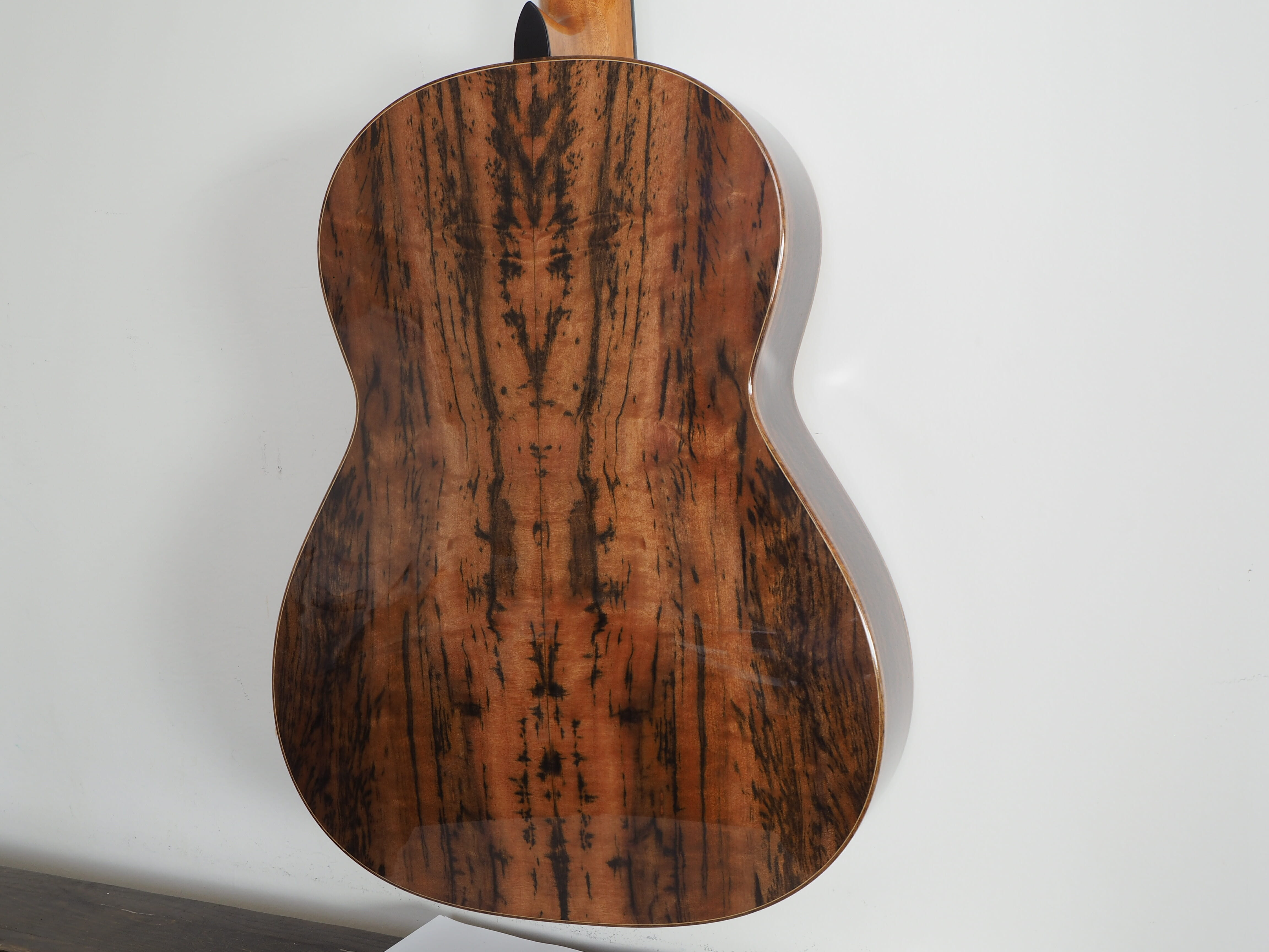 John Price guitare classique lattice