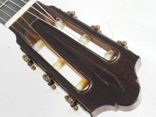 Daniel Friederich luthier guitare classique fustero n° 266 tête 18FRI266-02