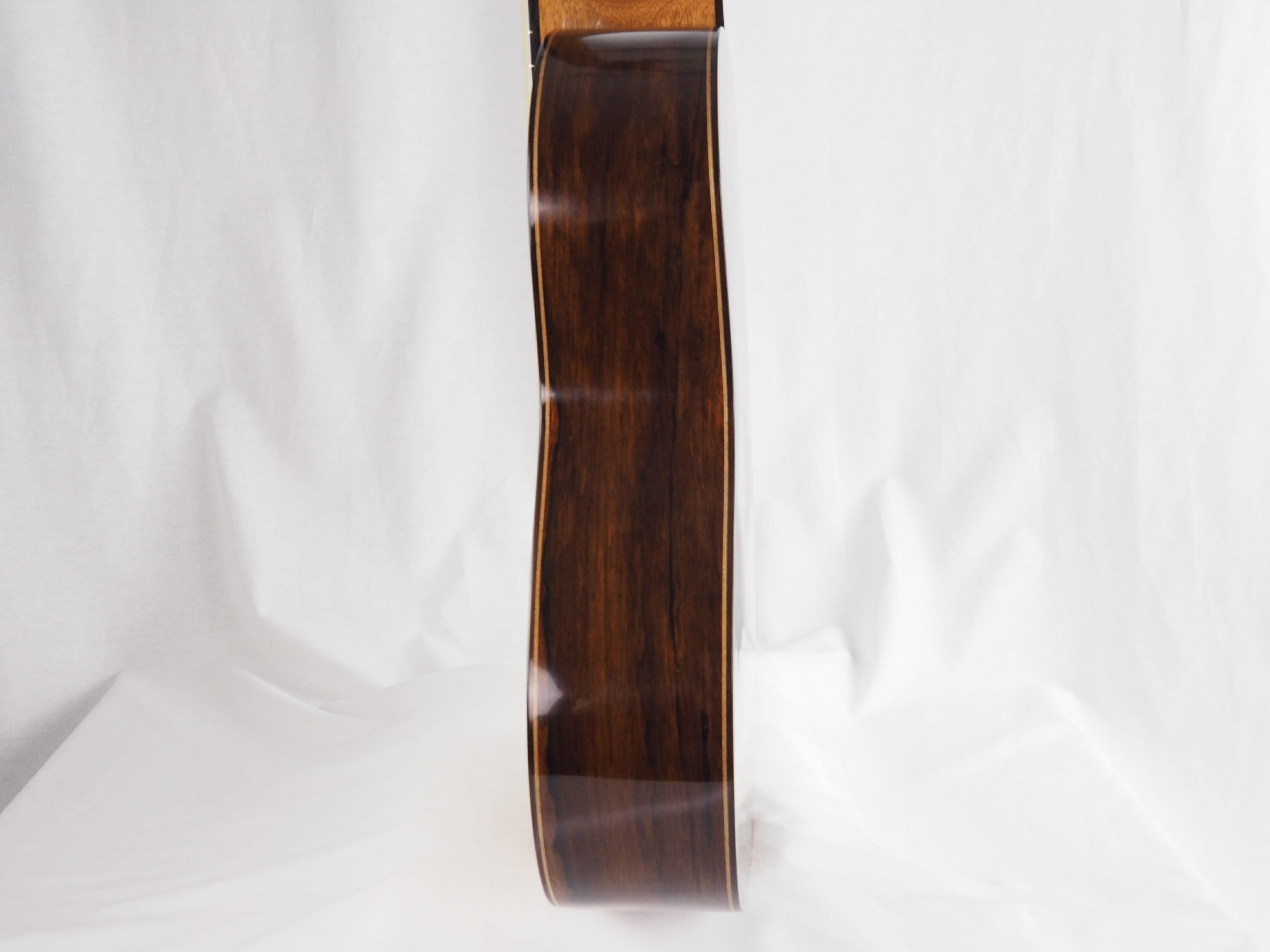 Luthier Keijo Korelin guitare classique double-table 17KOR093-07