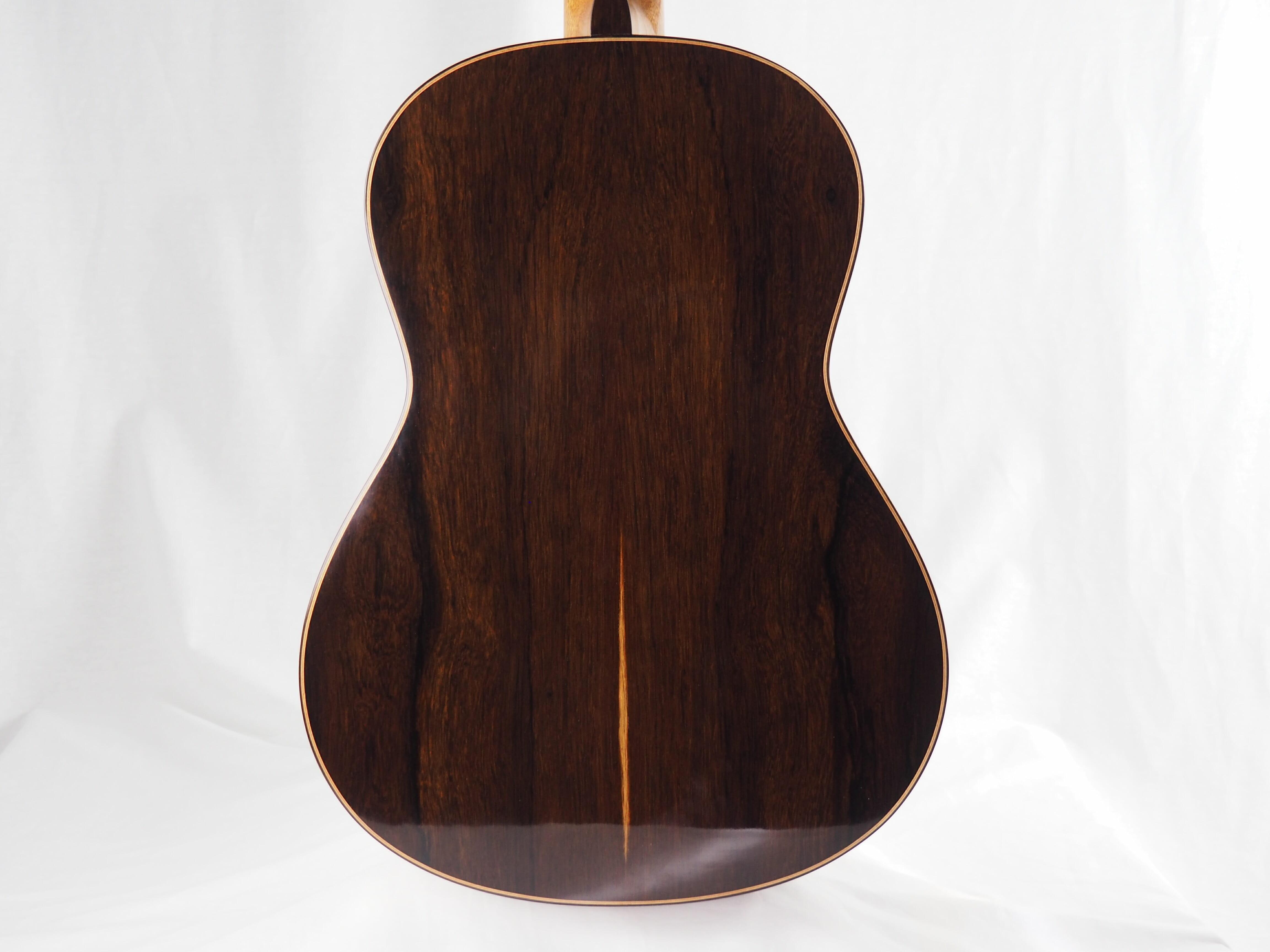 Luthier Keijo Korelin guitare classique double-table 17KOR093-09