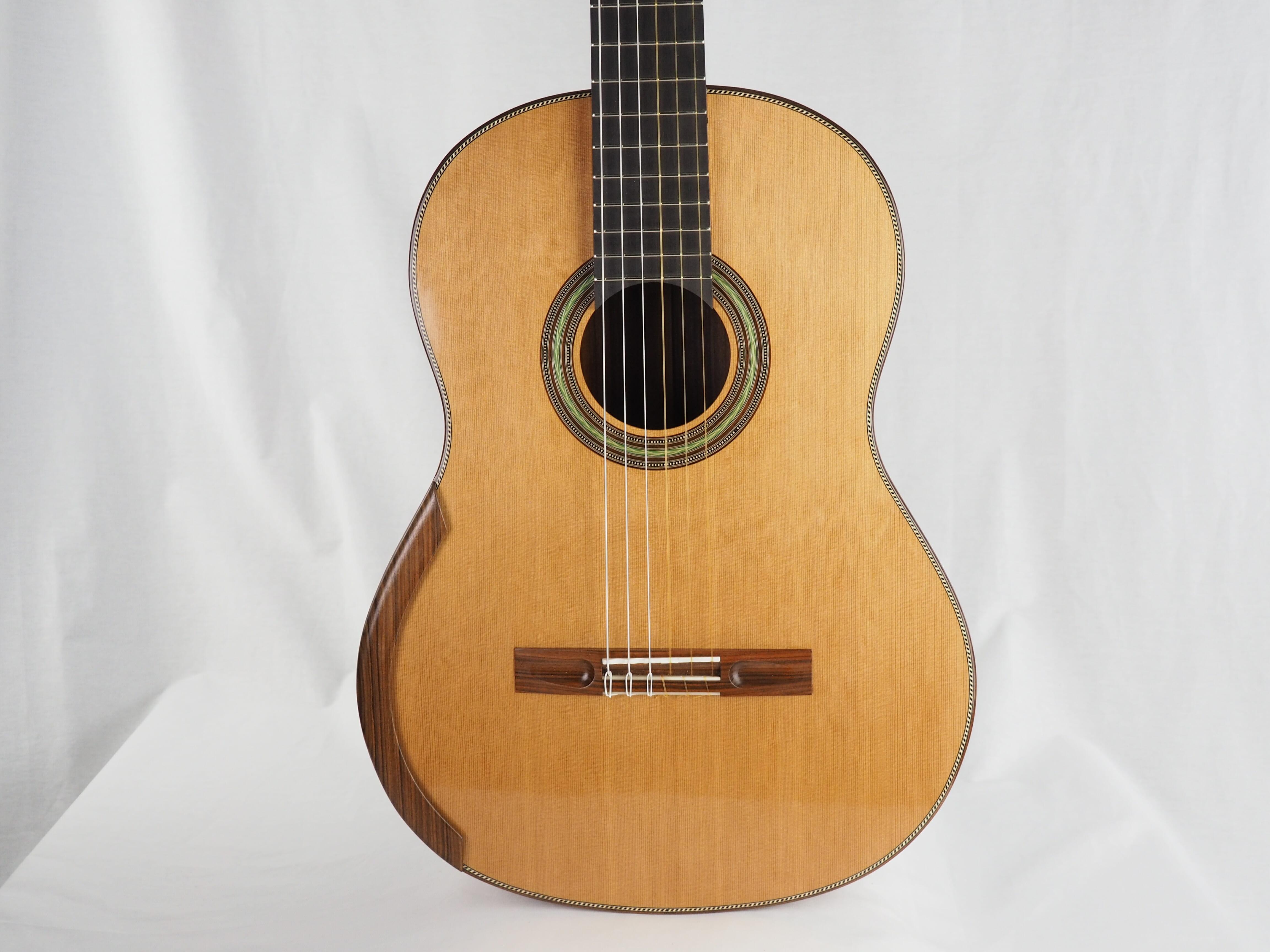 guitare classique luthier paris