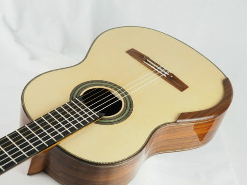 Stanislaw Partyka guitare classique de luthier table lattice