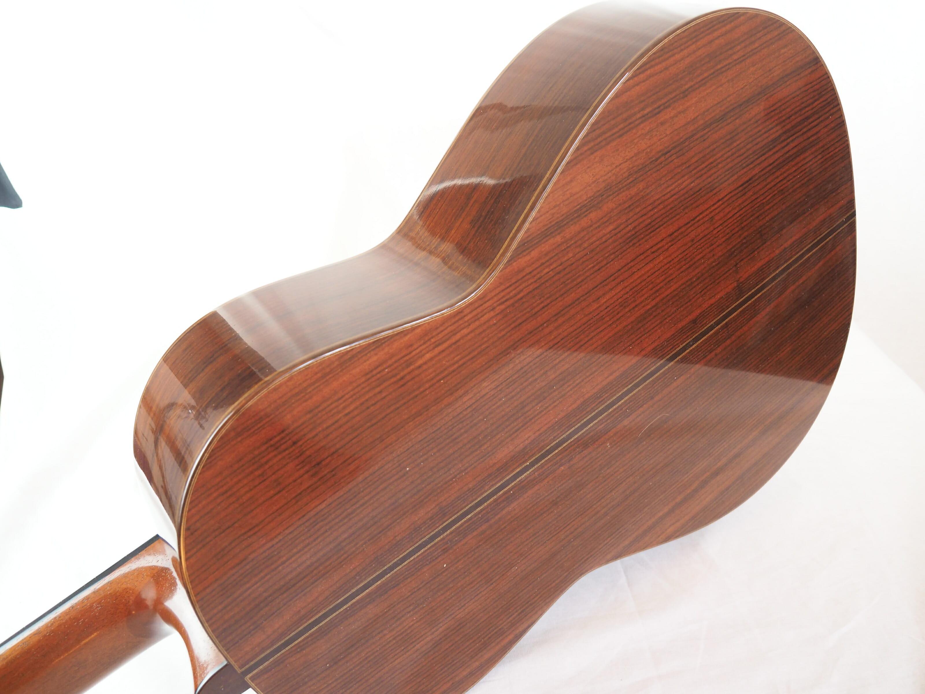 Daniel Friederich luthier guitare classique No 19FRI479-03