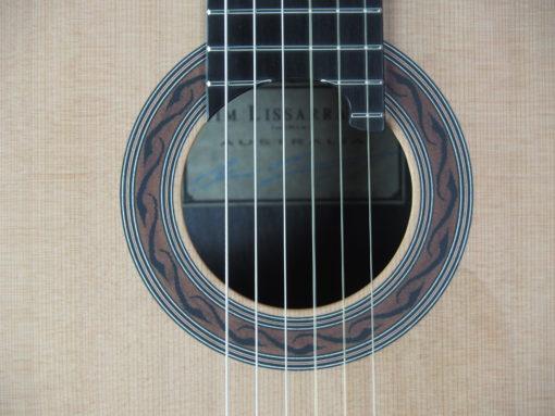 Kim Lissarrague luthier guitare classique No 19LIS328-09