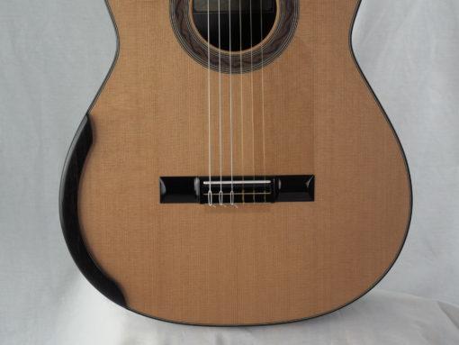 Kim Lissarrague luthier guitare classique No 19LIS328-08