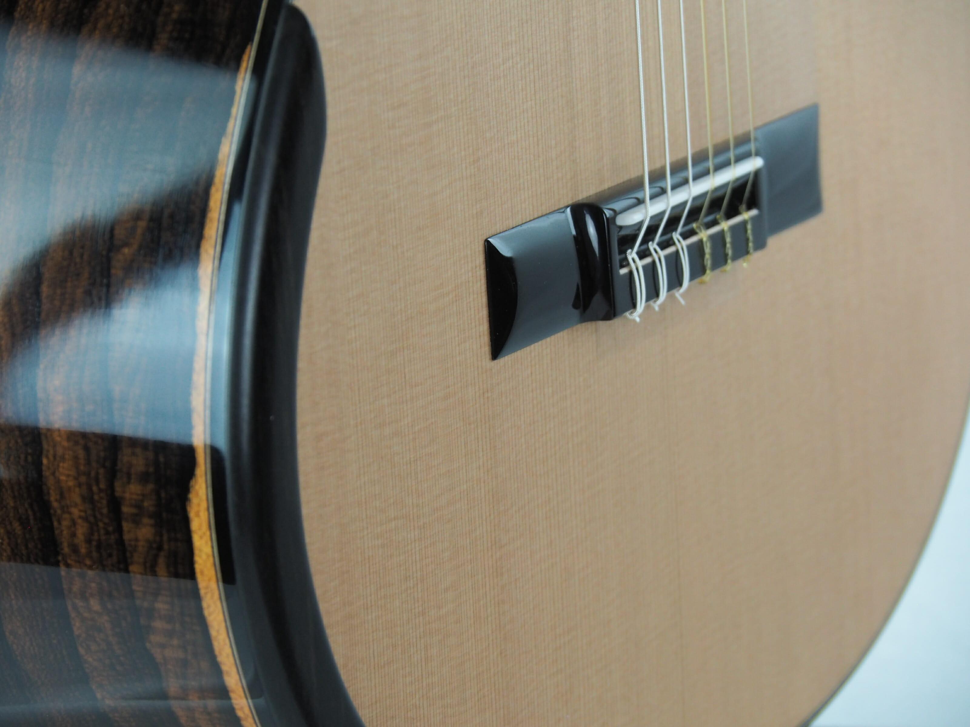 Kim Lissarrague luthier guitare classique No 19LIS328-07