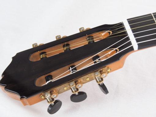 Kim Lissarrague luthier guitare classique No 19LIS328-03