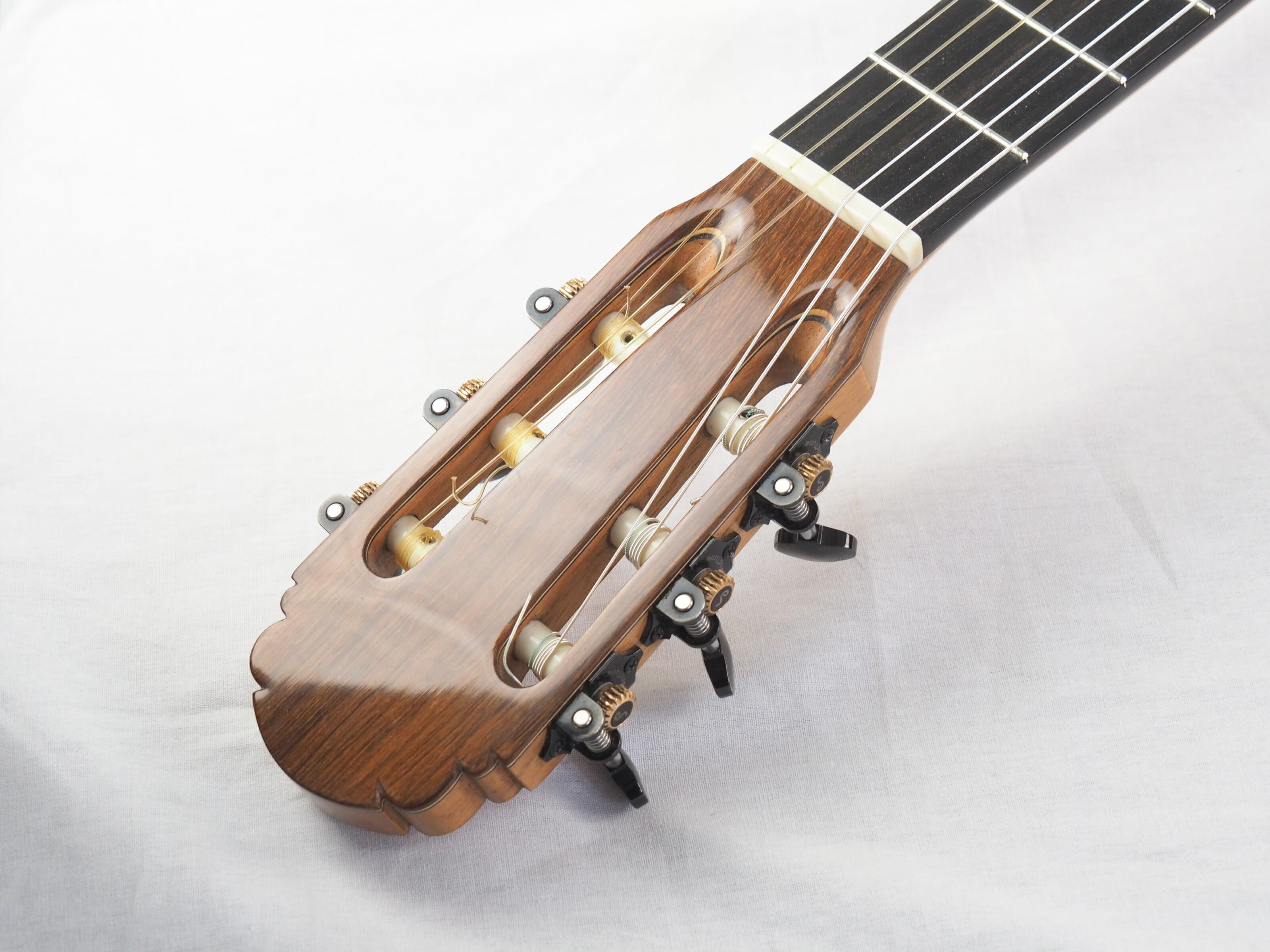 Jean-Noel Lebreton luthier guitare classique No 19LEB192-02