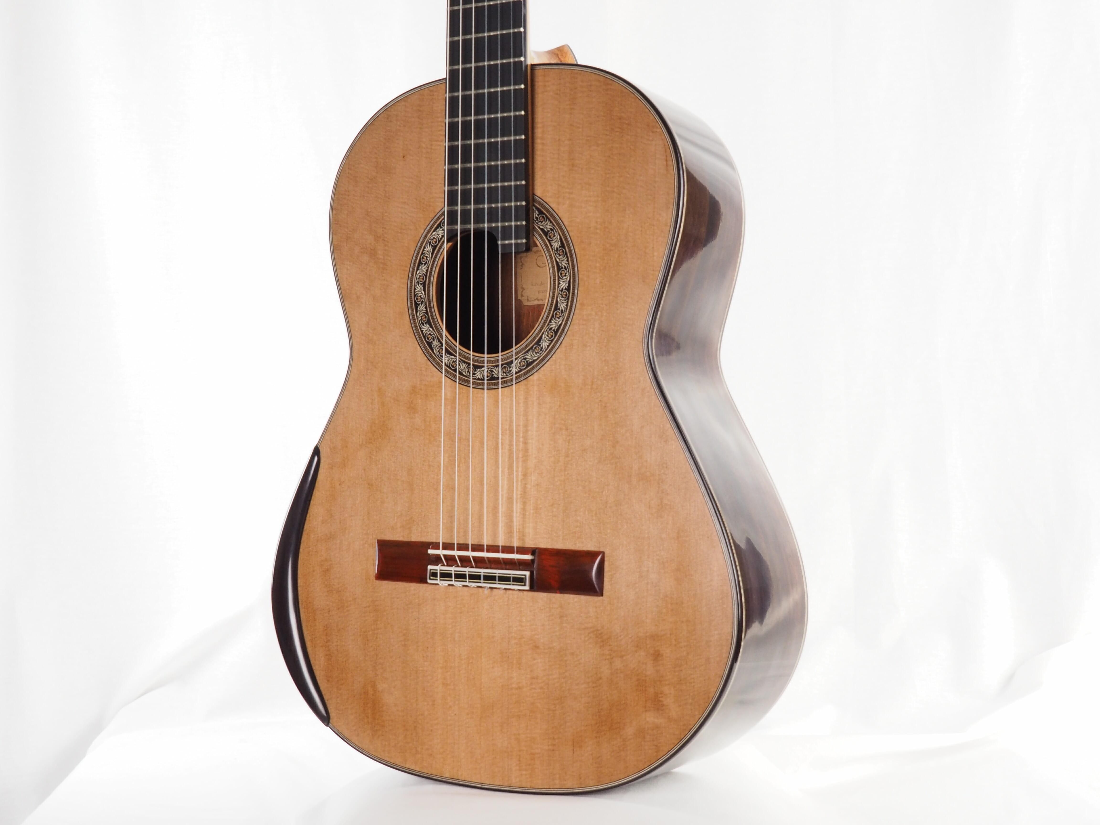 Luthier Koumridis Charalambos guitare classique n°87