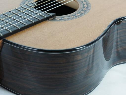 Kim Lissarraque luthier guitare classique