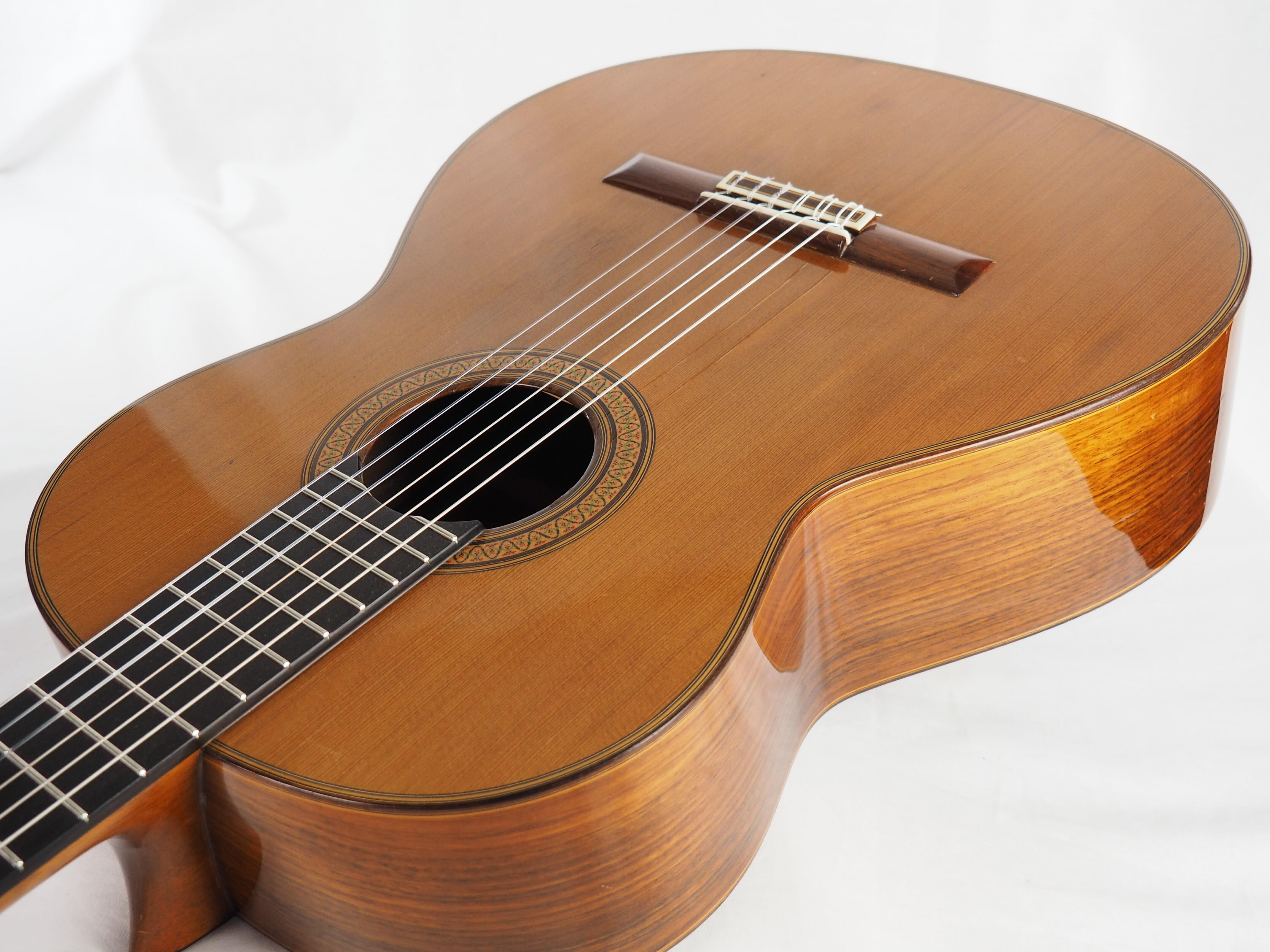 Luthier Jose Ramirez guitare classique 1A