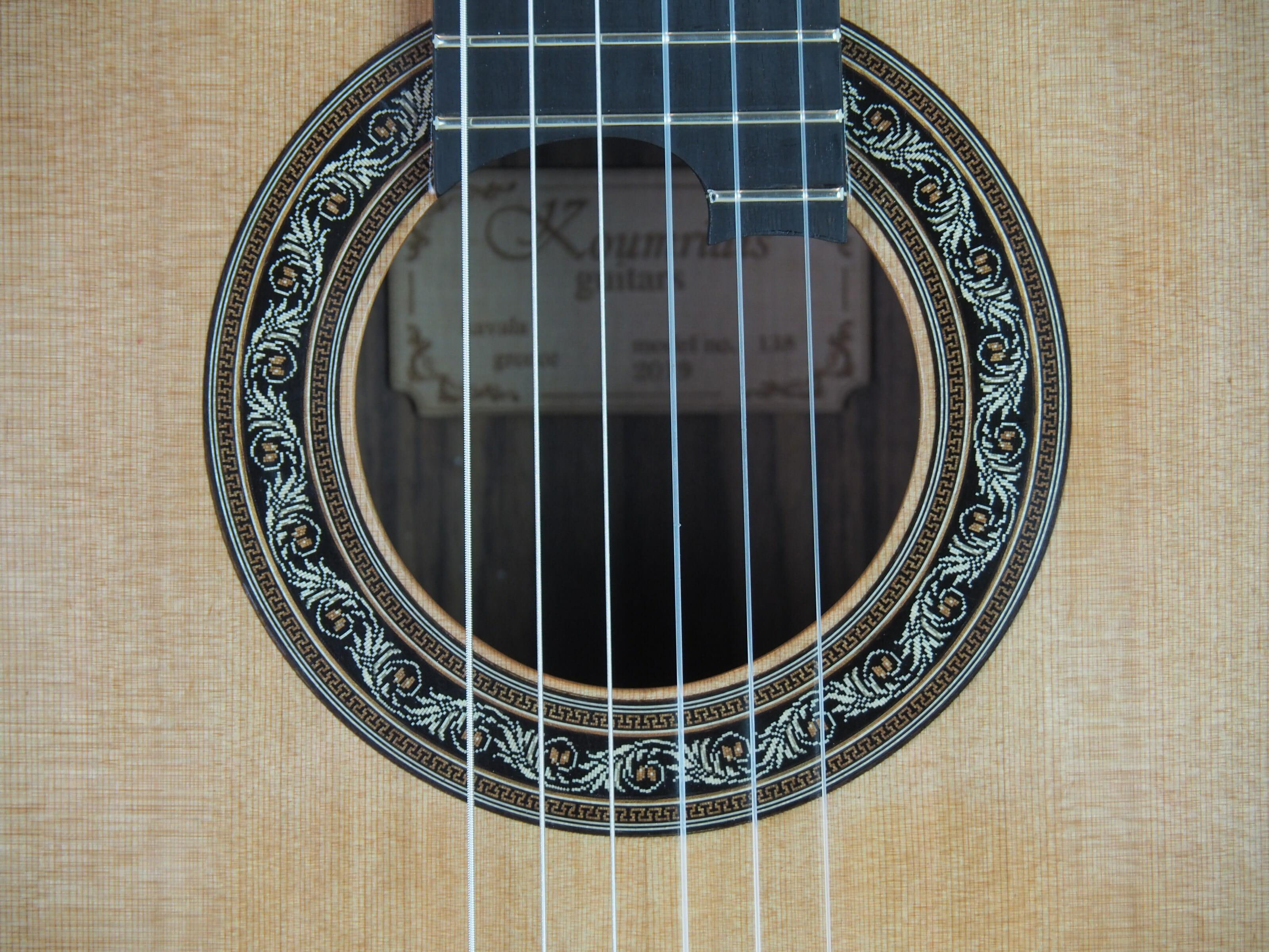 Charalampos Koumridis Luthier guitare classique N°139 19KOU139-07
