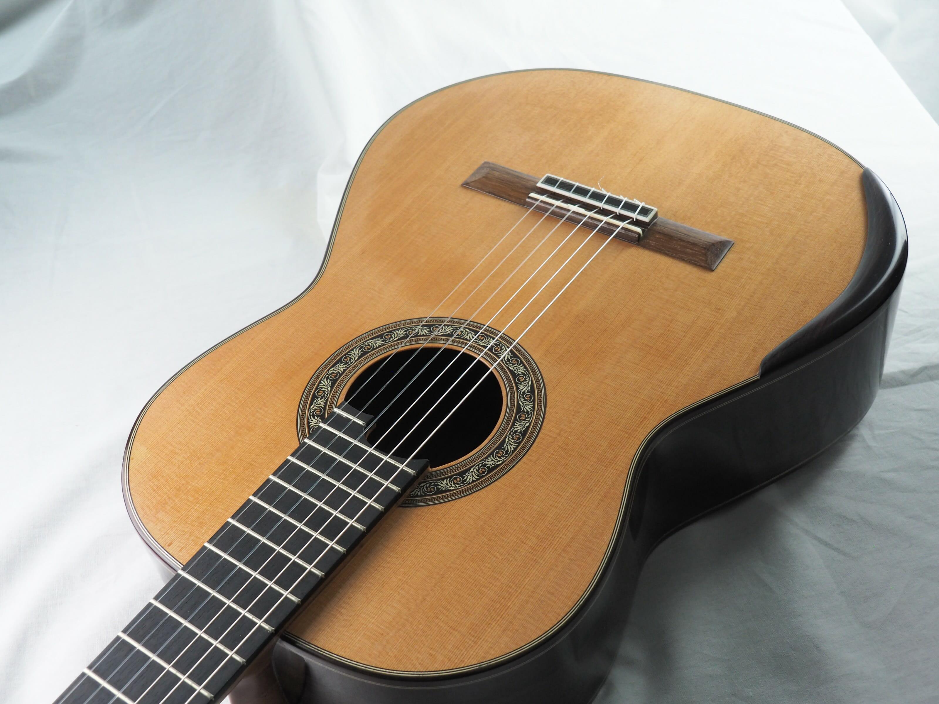 Charalampos Koumridis Luthier guitare classique N°139 19KOU139-02