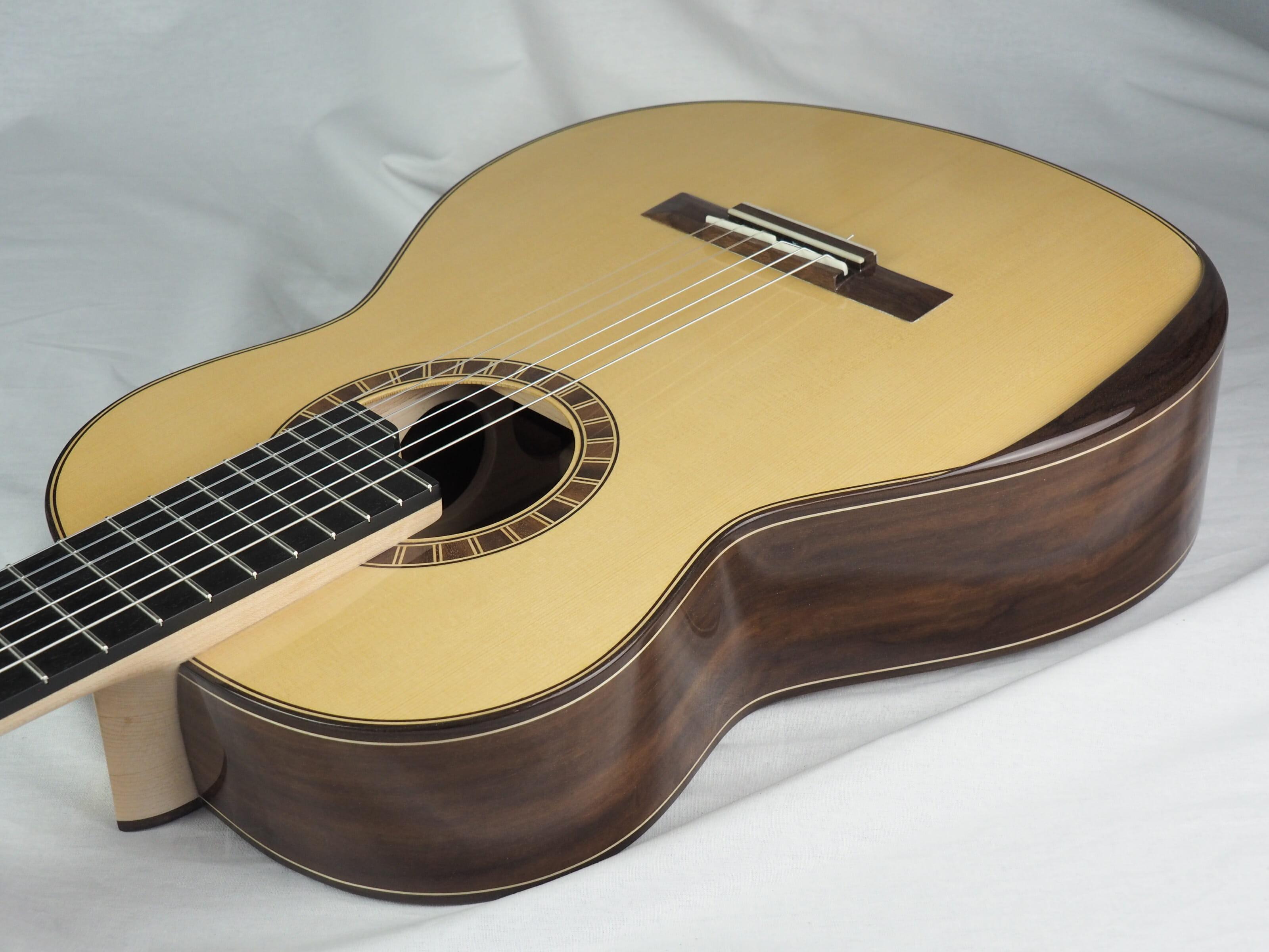 Luthier Jeroen Hilhorst Guitare classique No 131 19HIL131-03