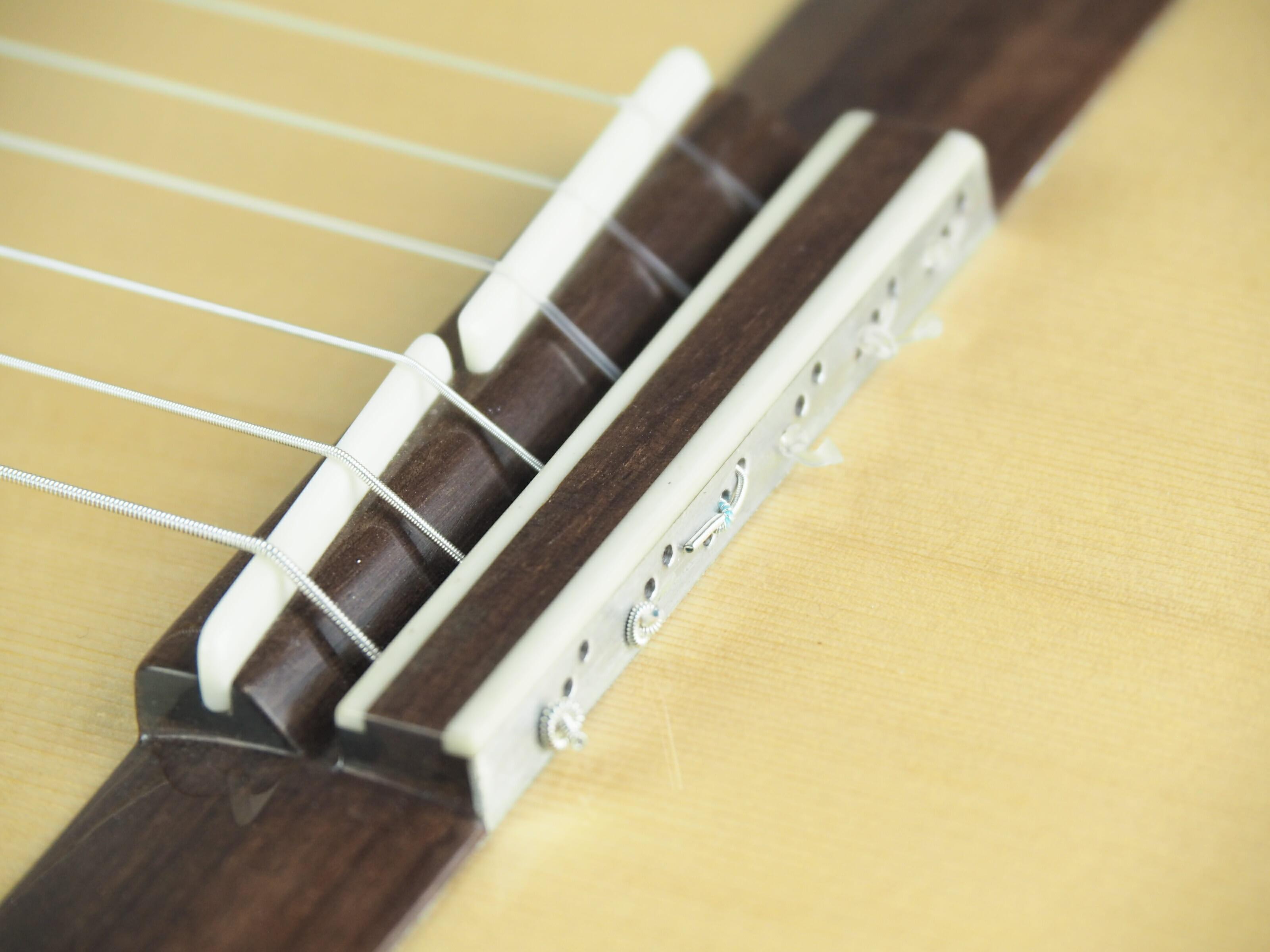 Luthier Jeroen Hilhorst Guitare classique No 131 19HIL131-02