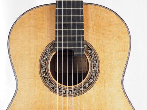 Charalampos Koumridis luthier guitare classique double-table 18KOU104-08