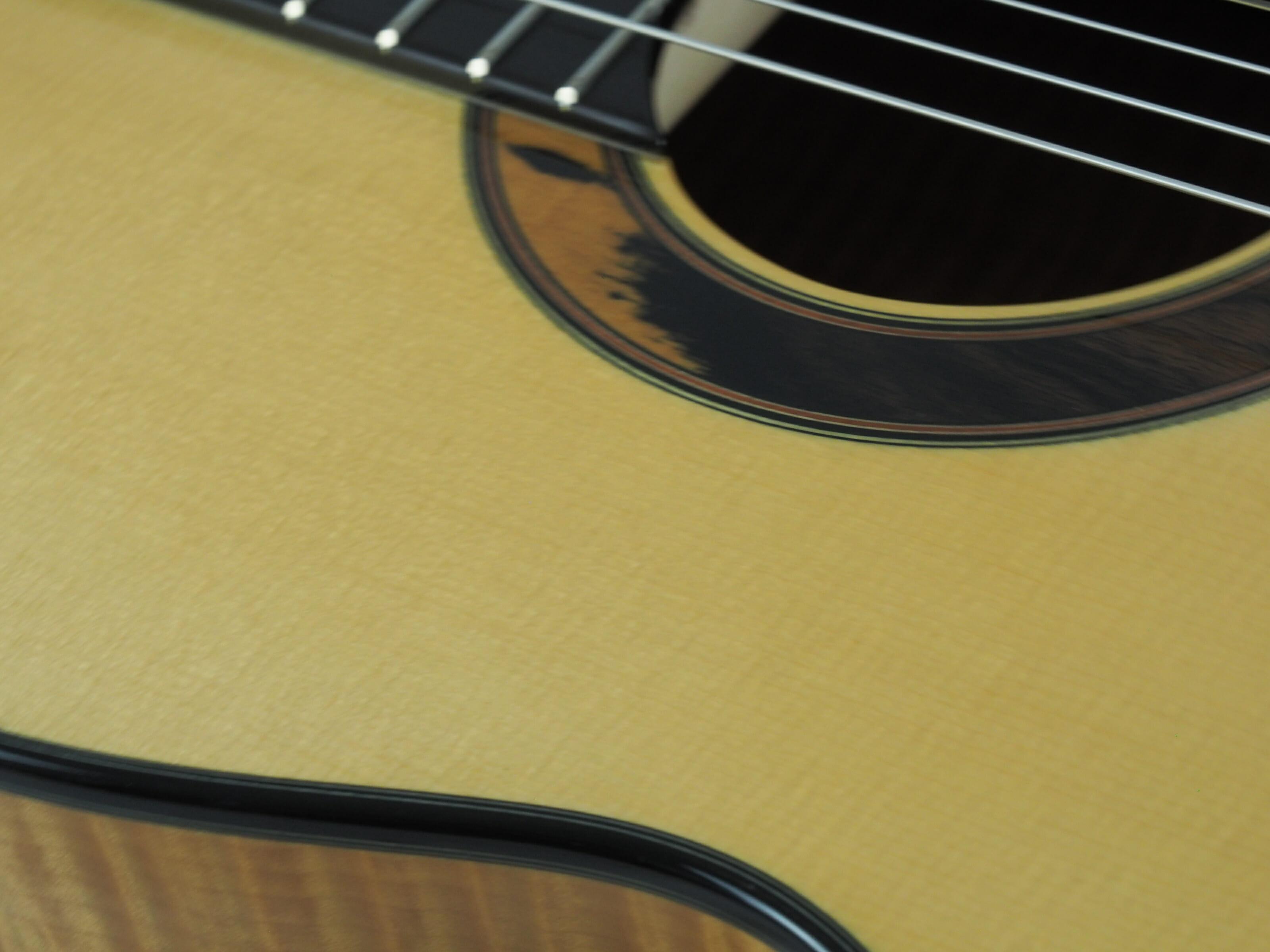 Kim Lissarrague guitare classique luthier No 19LIS311-03
