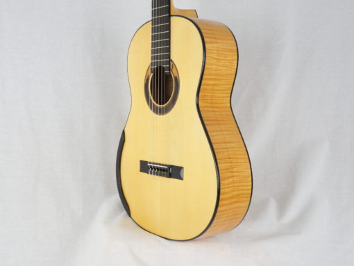 Kim Lissarrague guitare classique luthier No 19LIS311-12