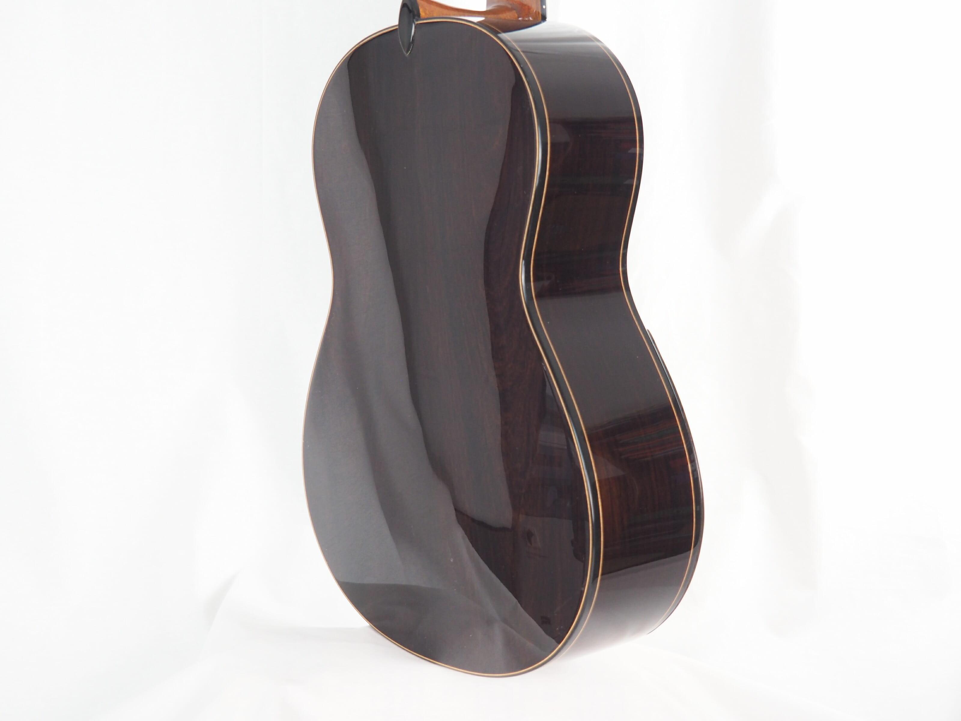 Jan Schneider luthier guitare classique No 19SCH348-03