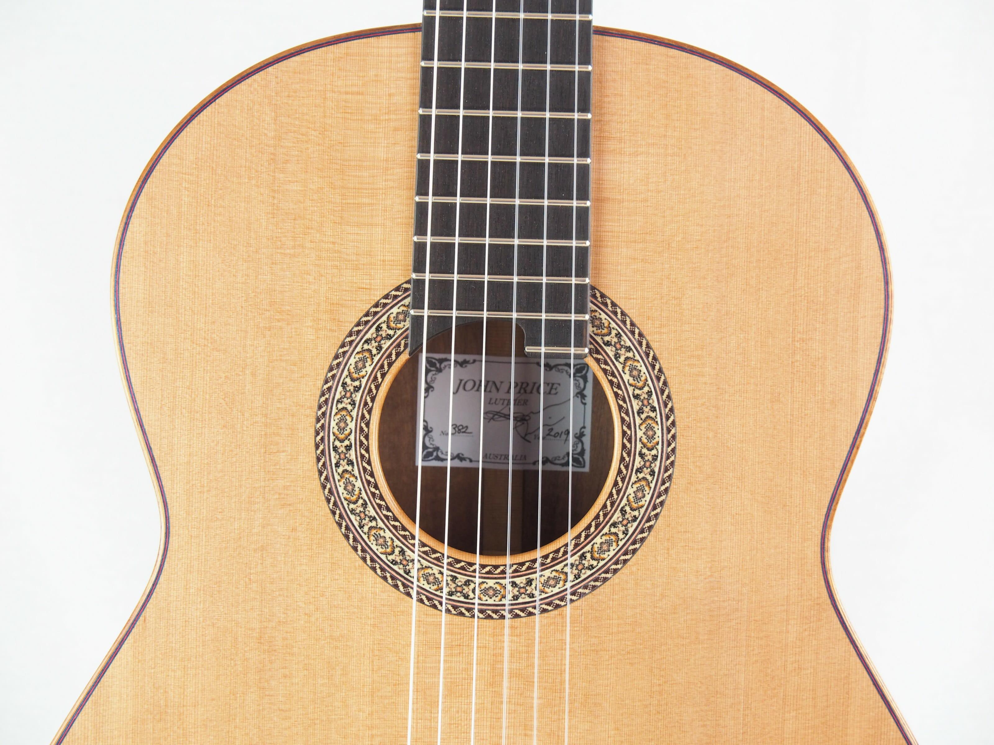 Guitare classique luthier John Price No 382 19PRI382-11
