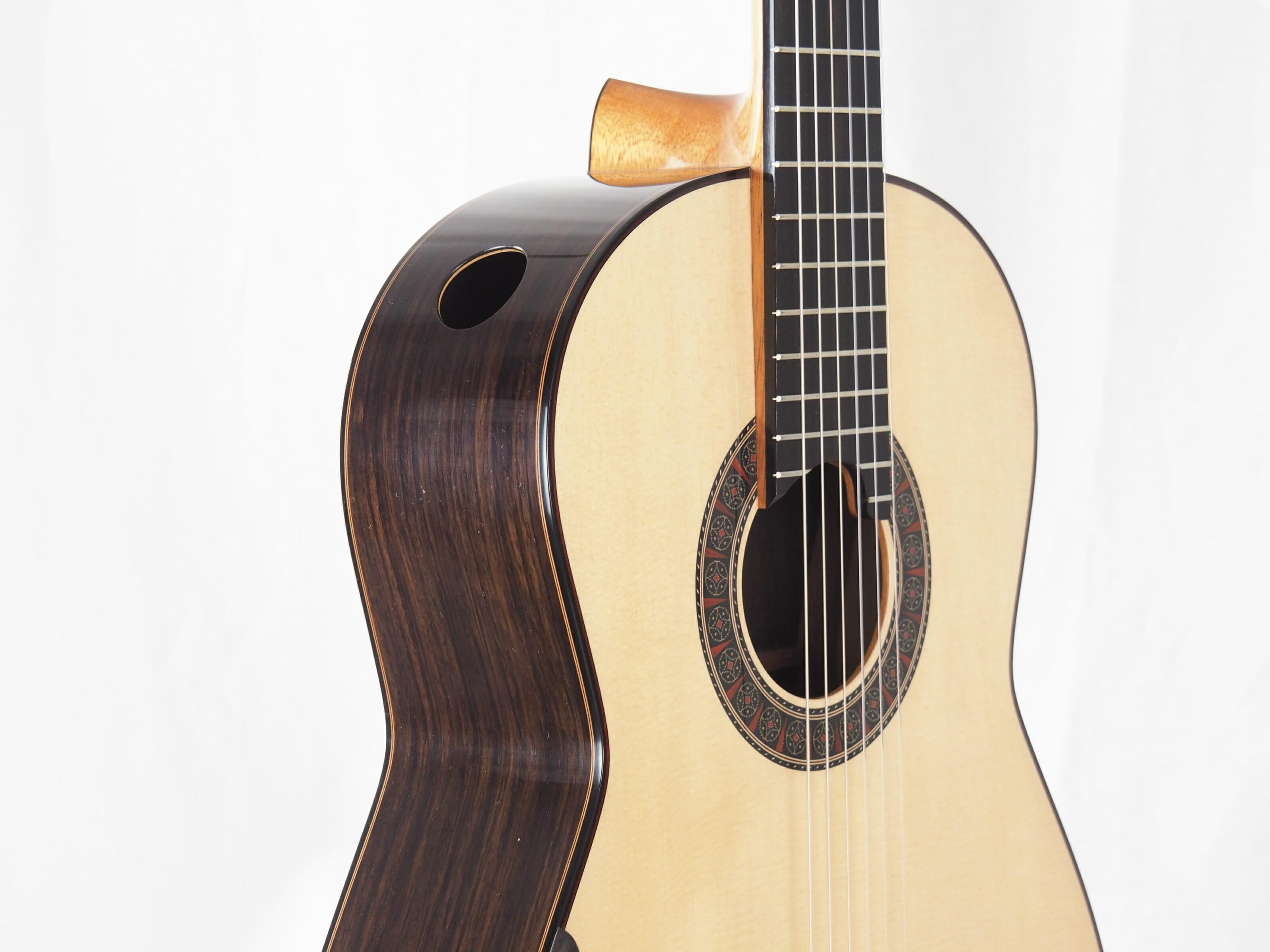 Martin Blackwell luthier guitare classique No 19BLA166-04