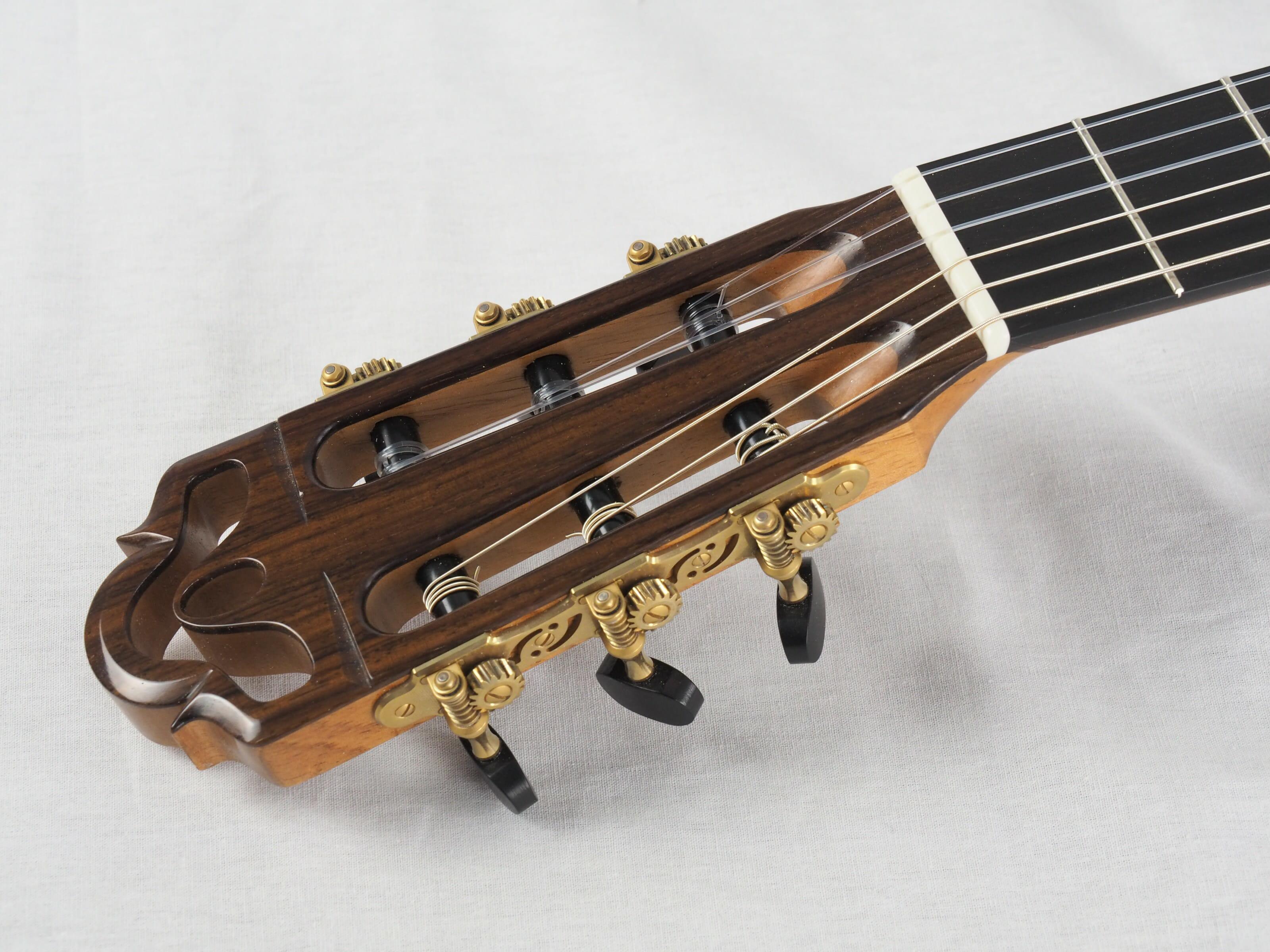 Dieter Hopf Luthier guitare classique Evolucion No 19HP180-03